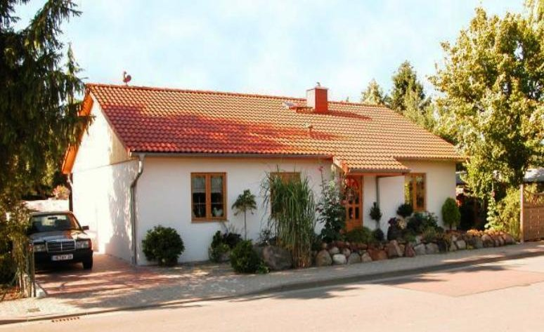 F-VH-B63 Bungalow mit 3 Zimmer plus Küche Bad Diele und Hauswirtschaftsraum