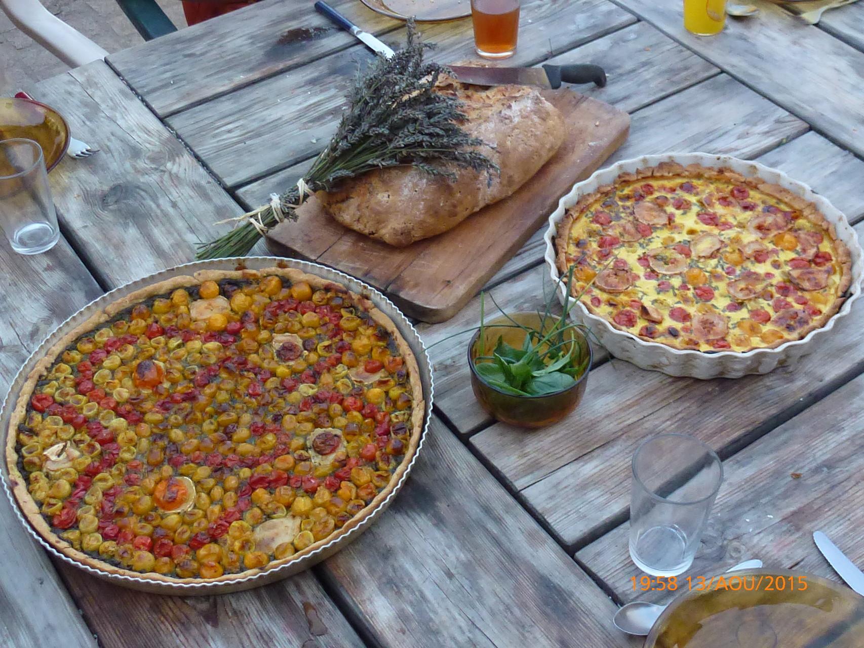 Cuisine végétarienne avec les légumes du jardin