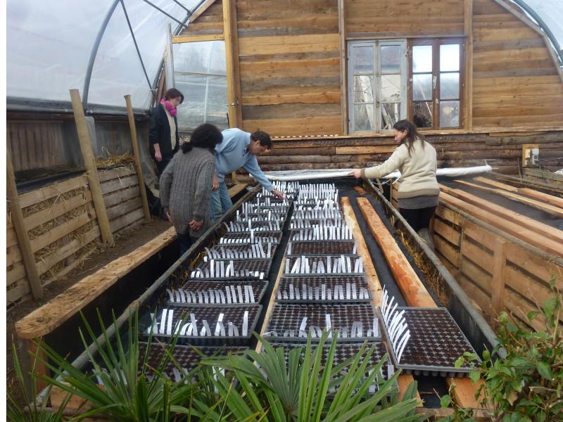 Formation permaculture avec notre formatrice avec des structures adaptées