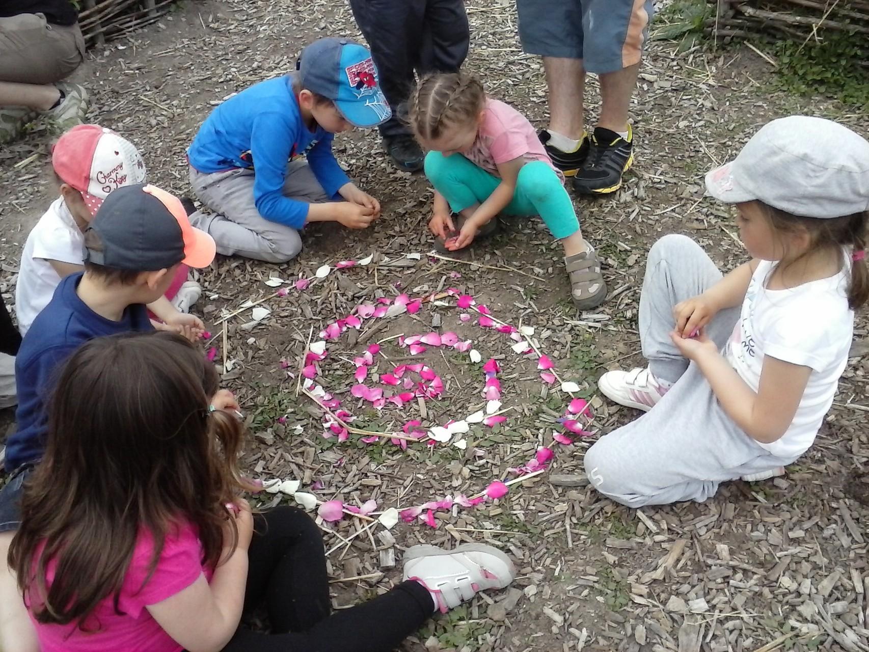 Centres de loisirs et land'art au jardin pédagogique des Alôsnys