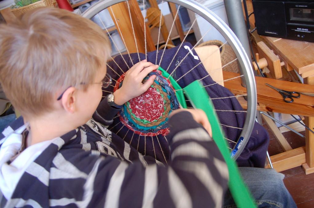 Weben auf der Fahrradfelge