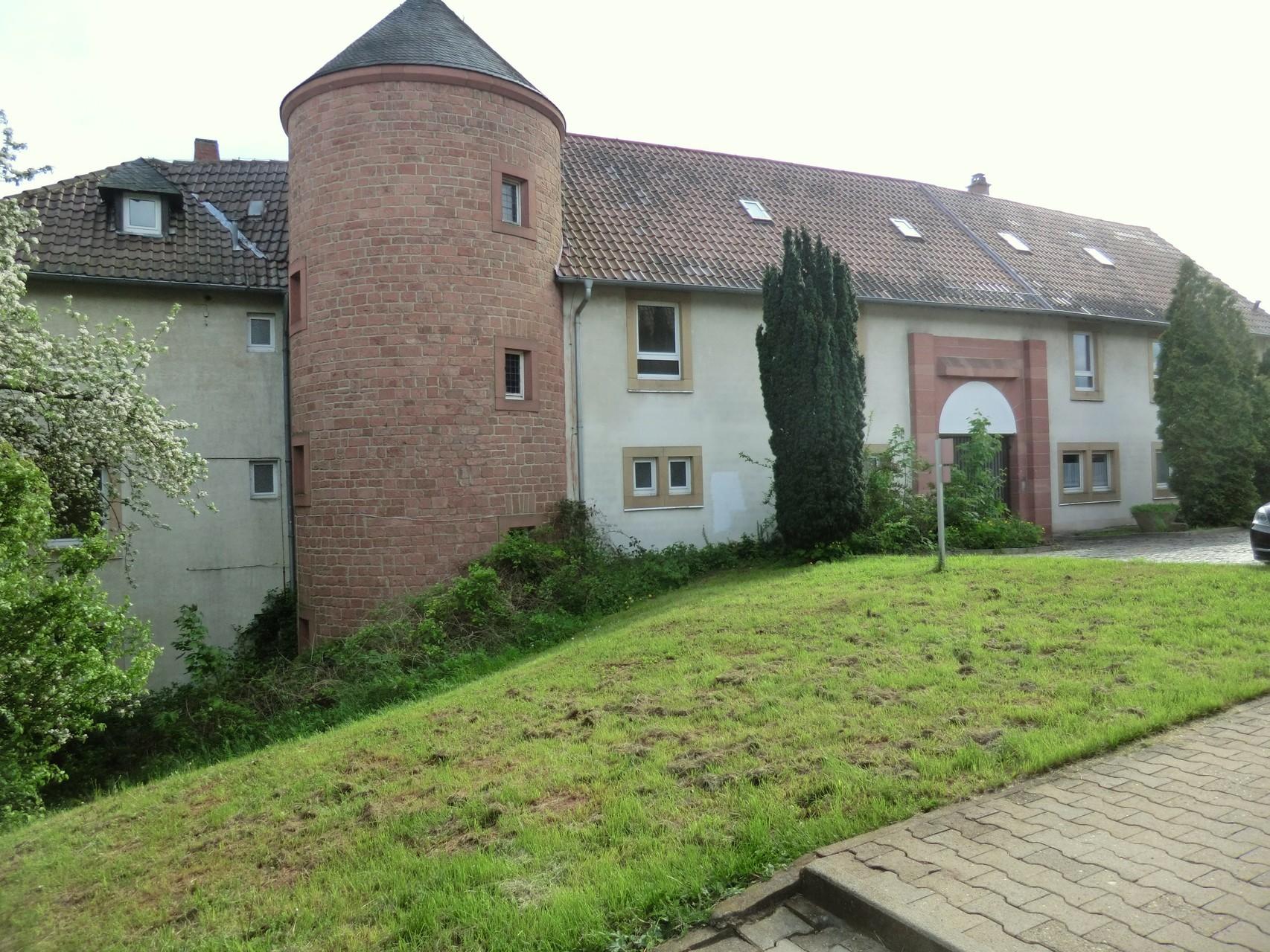 Burghof Stauf von vorne