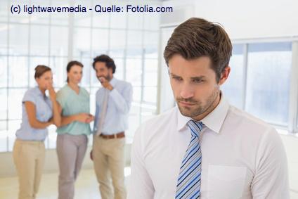 In vielen Firmen ist die Arbeitsatmosphäre wegen einem hohen Konkurrenzdruck oder Mitarbeiterknappheit dauerhaft angespannt.