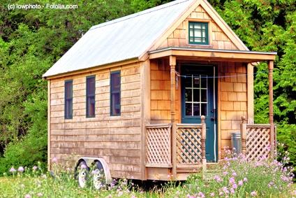 Das eigene Micro House für Aussteiger lässt sich für den Bruchteil eines konventionellen Hauses erwerben und ist sogar mobil.