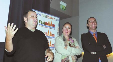 Workshop mit den kanarischen Regisseuren und Festivaldirektor Nicolas de la Barreda im Kino Babylon. (V.l.n.r. Félix Sabroso, Dunia Ayaso, Nicolas de la Barreda).