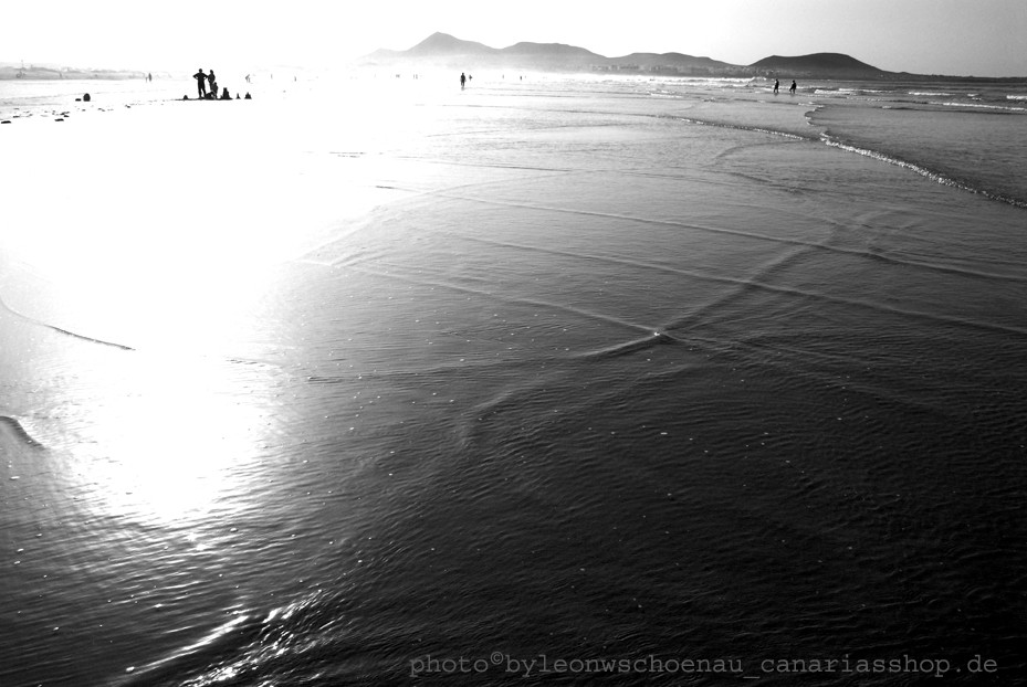 PHOTO-GRAPHICS©LEON.W.SCHOENAU: PLAYA DE FAMARA