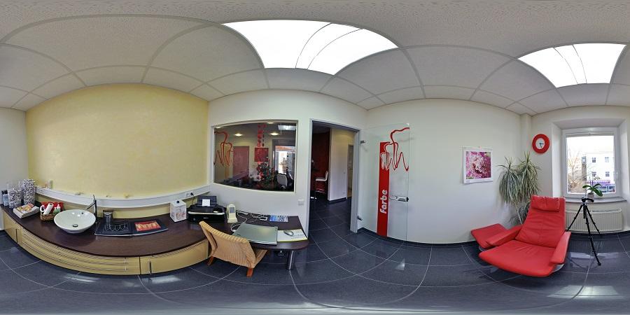 Patientenzimmer zur Farbnahme