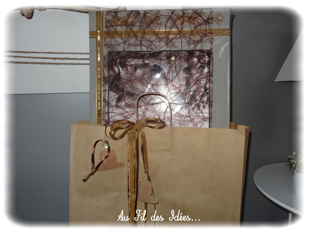 Emballage tableau grand format re-customisé - Créa décembre 2012