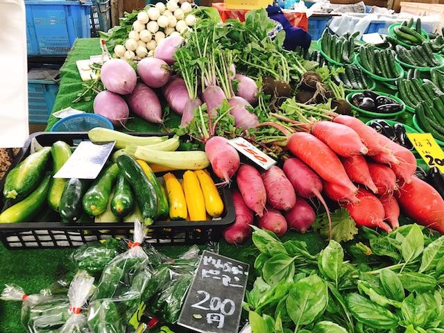 スーパーでは目にしない珍しい野菜の数々