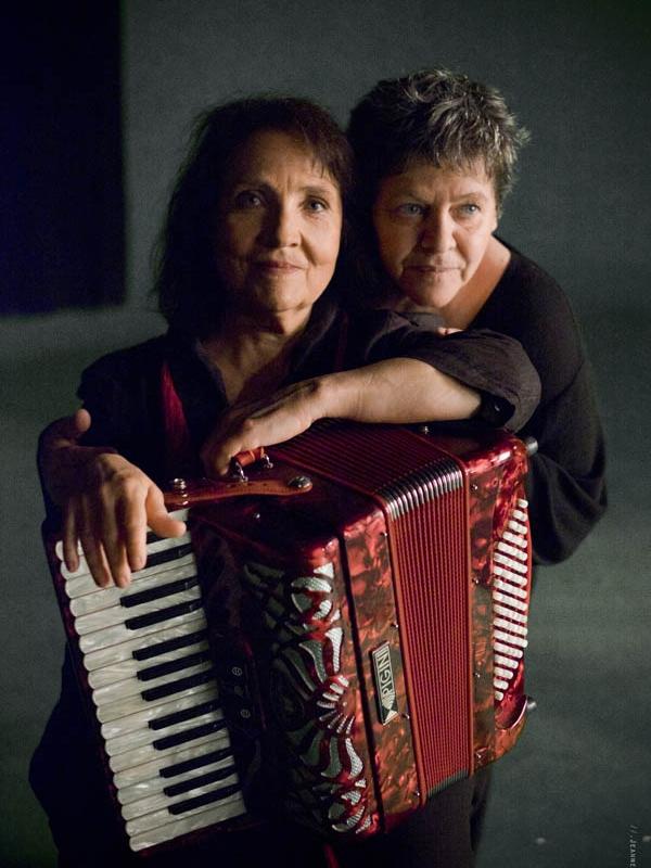 Michèle BERNARD et Monique BRUN - Un p'tit rêve très court -