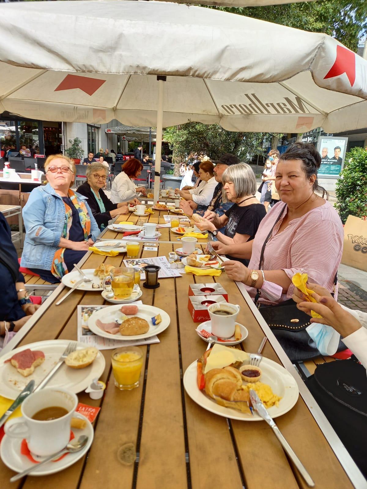 Dankeschön Frühstück für ehrenamtlich Engagierte unserer Lebensmittelausgabe (Sommer 2021)