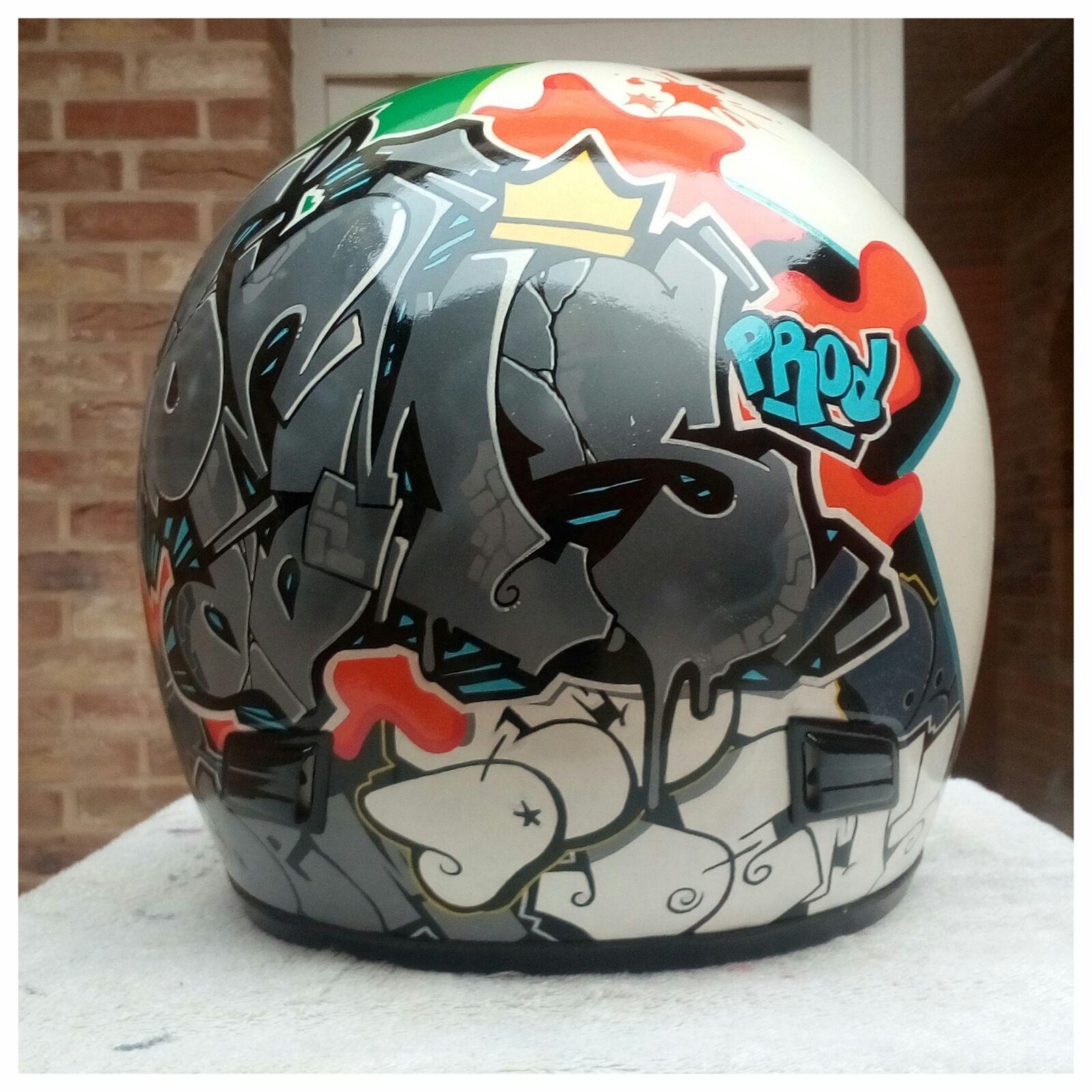 Customisation casque moto style street art