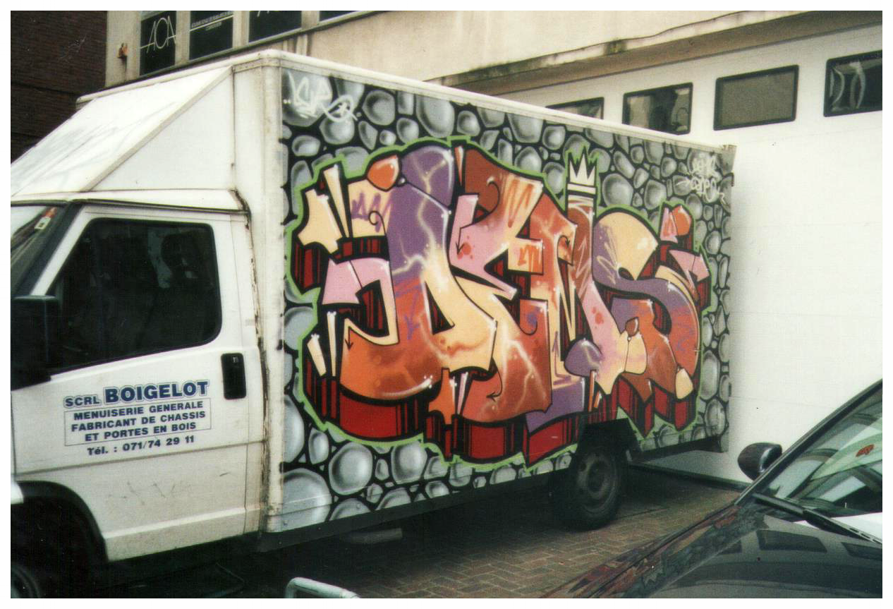 Customisation d'un camion, graffiti