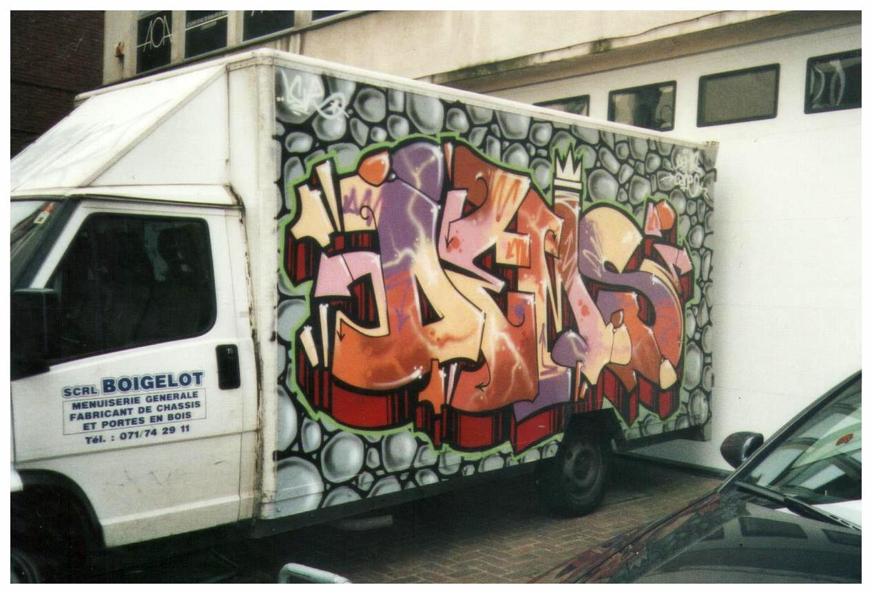 Customisation d'un camion, graffiti