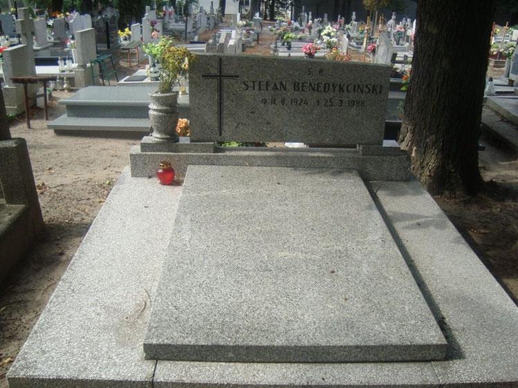 Stefan (1924-1988)