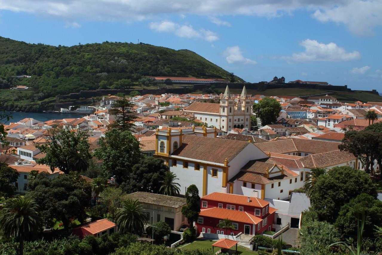 Angra do Heroismo vue depuis sommet du parc - 01aout13 @ Florian Bernier