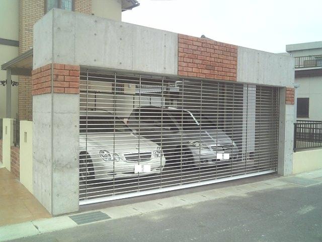 洋風 英国 ヨーロッピアン ナチュラル リゾート 南欧 プロバンス 外構 庭 駐車場 スタンプコンクリート 外溝 門 塀