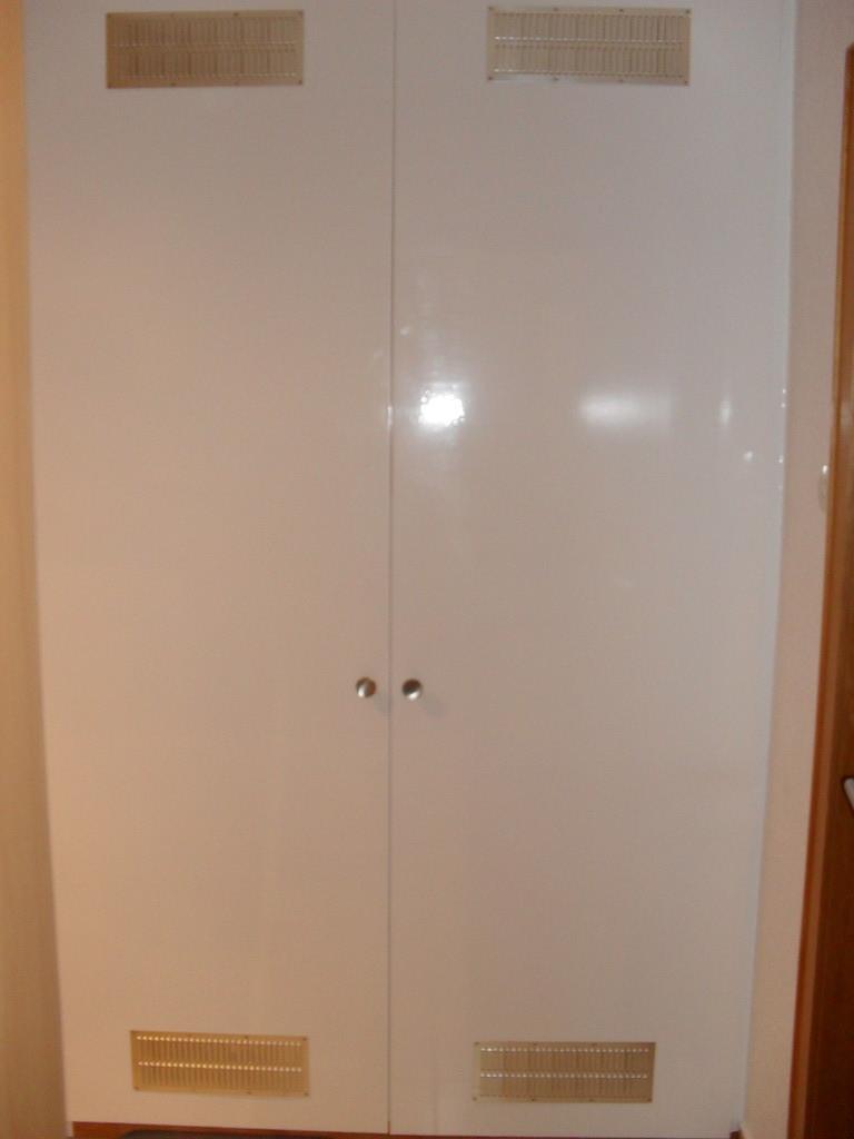 Schrank, Tür