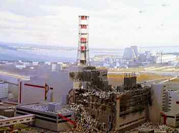 Der Supergau von Tschernobyl: Am 26. April 1986 ereignete sich in Folge einer Kernschmelze und Explosion im Block 4 des Reaktors der Supergau von Tschernobyl.
