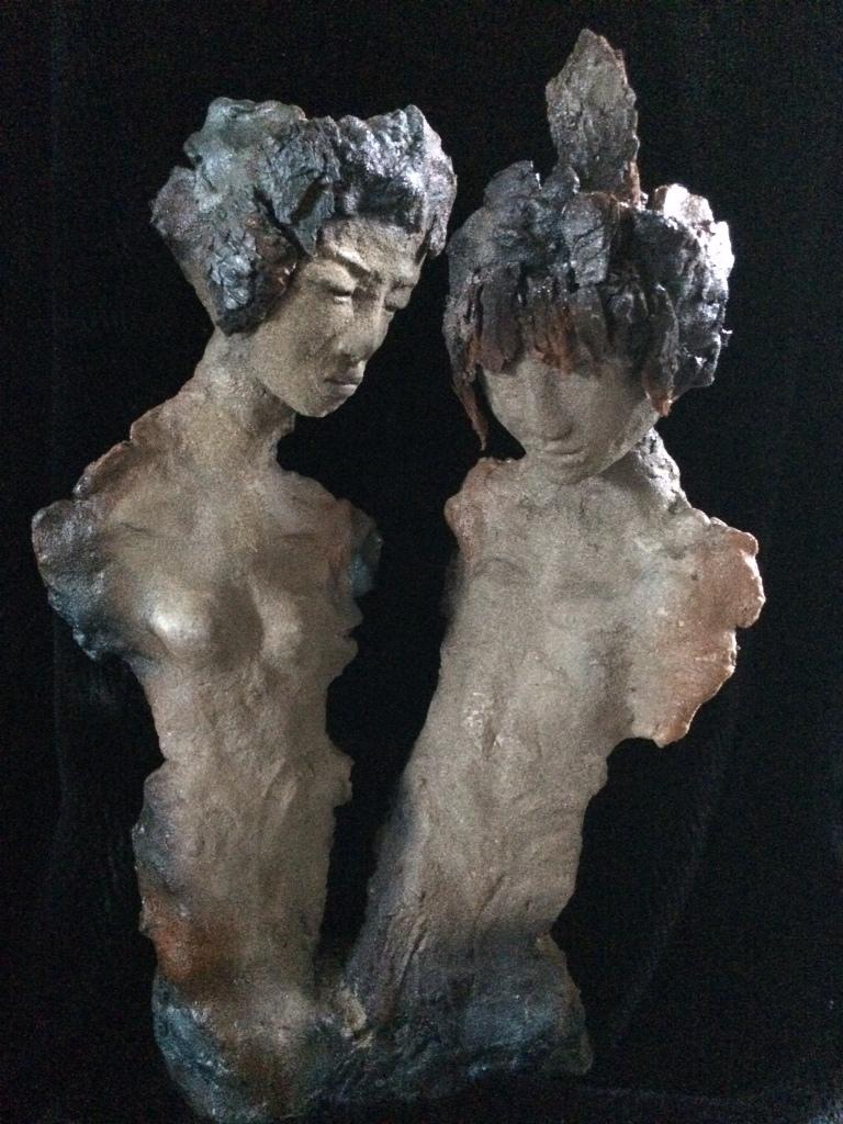 Les ensablés. Terre (Paper clay) & technique mixte. H45x31x20cm.