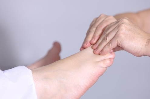 Heilpraktiker Wertingen, Naturheilpraxis Wertingen, Alternativmedizin, manuelle Therapie