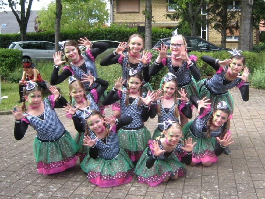Paradise Girls, TUS Kriegsfeld