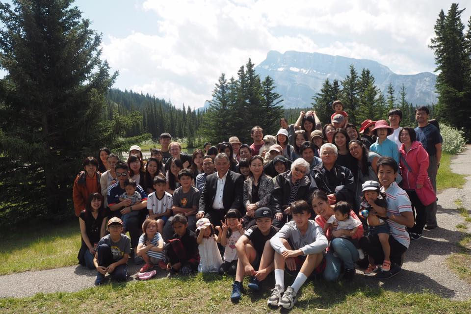 6/24 Banff 合同野外礼拝 at Canada Pond