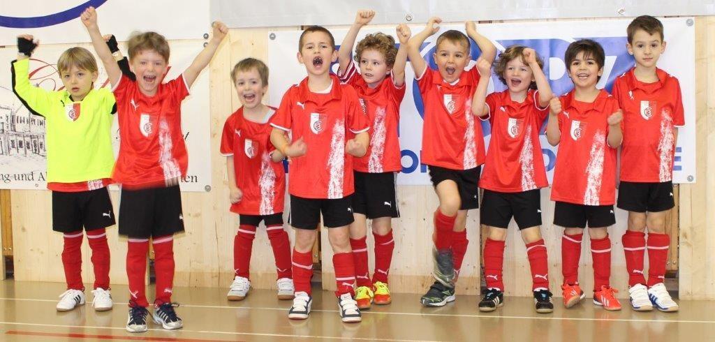 Jubel nach dem ersten Sieg der FCB-Kids