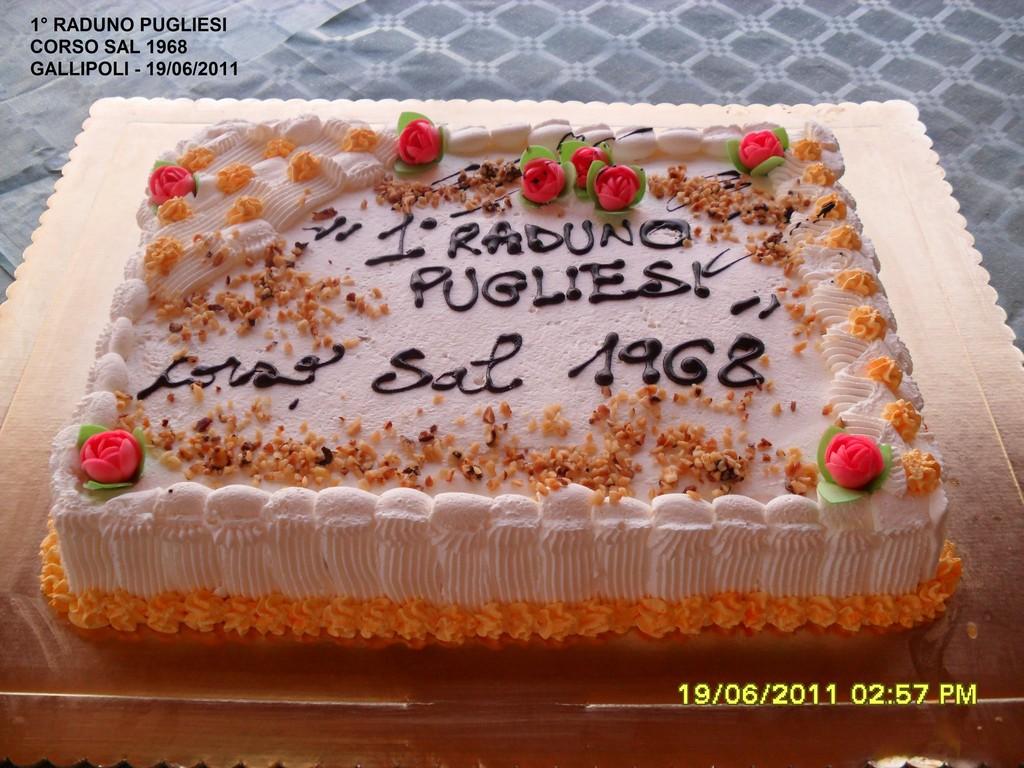 19.06.2011 - Torta per il 1° Raduno del Pugliesi