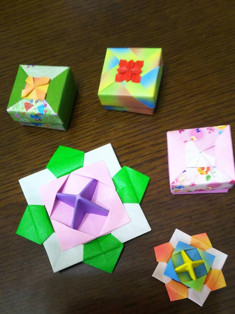 折り紙(箱と独楽)