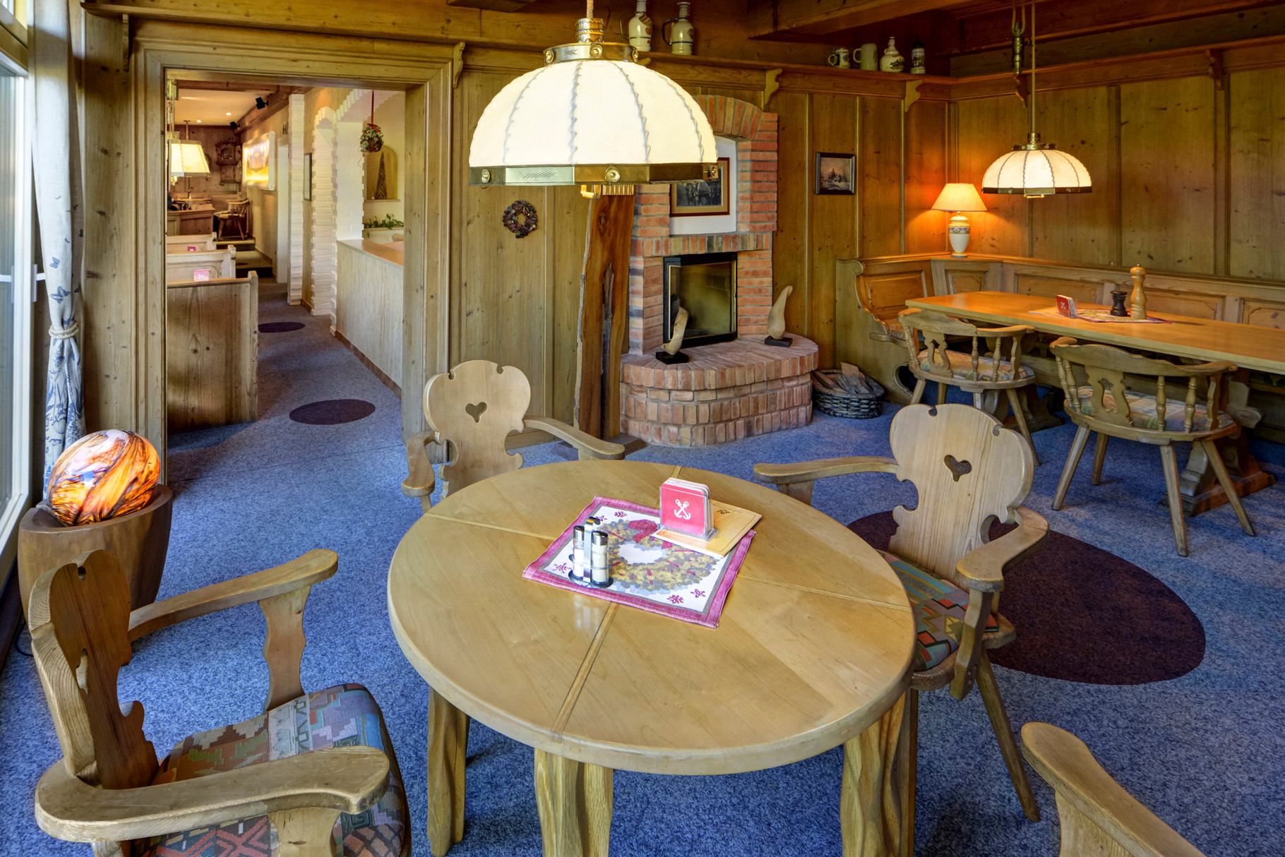 private sauna treffs. Black Bedroom Furniture Sets. Home Design Ideas