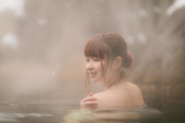お風呂が腰痛に効く理由とは?正しい入浴の方法と注意点も解説!