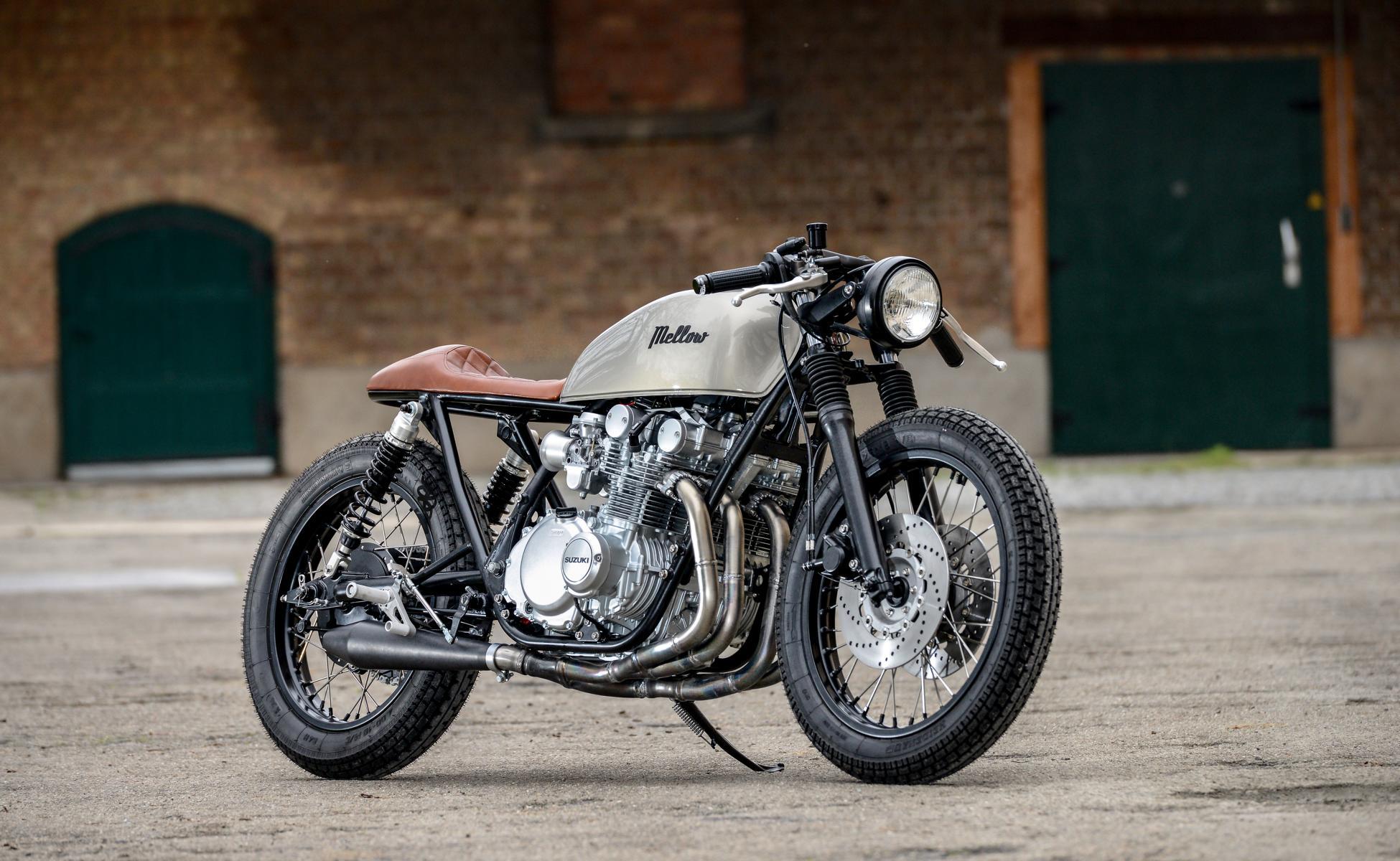"Mellow Motorcycles Suzuki GS550 1979 ""Tintin"" Cafe Racer"