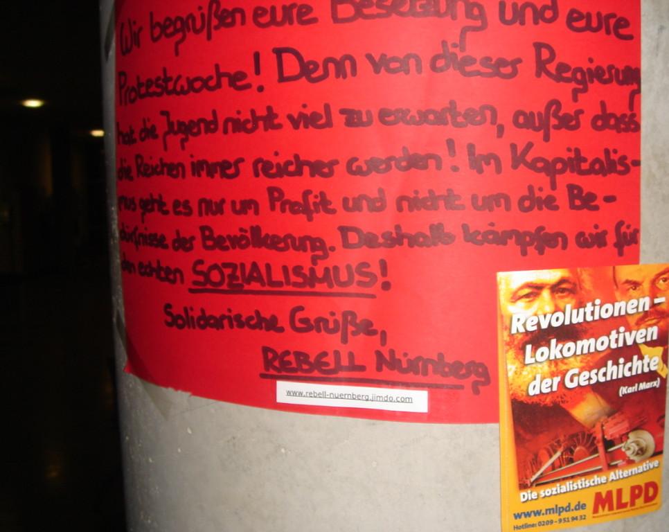 La rivoluzione è la locomotiva della storia...