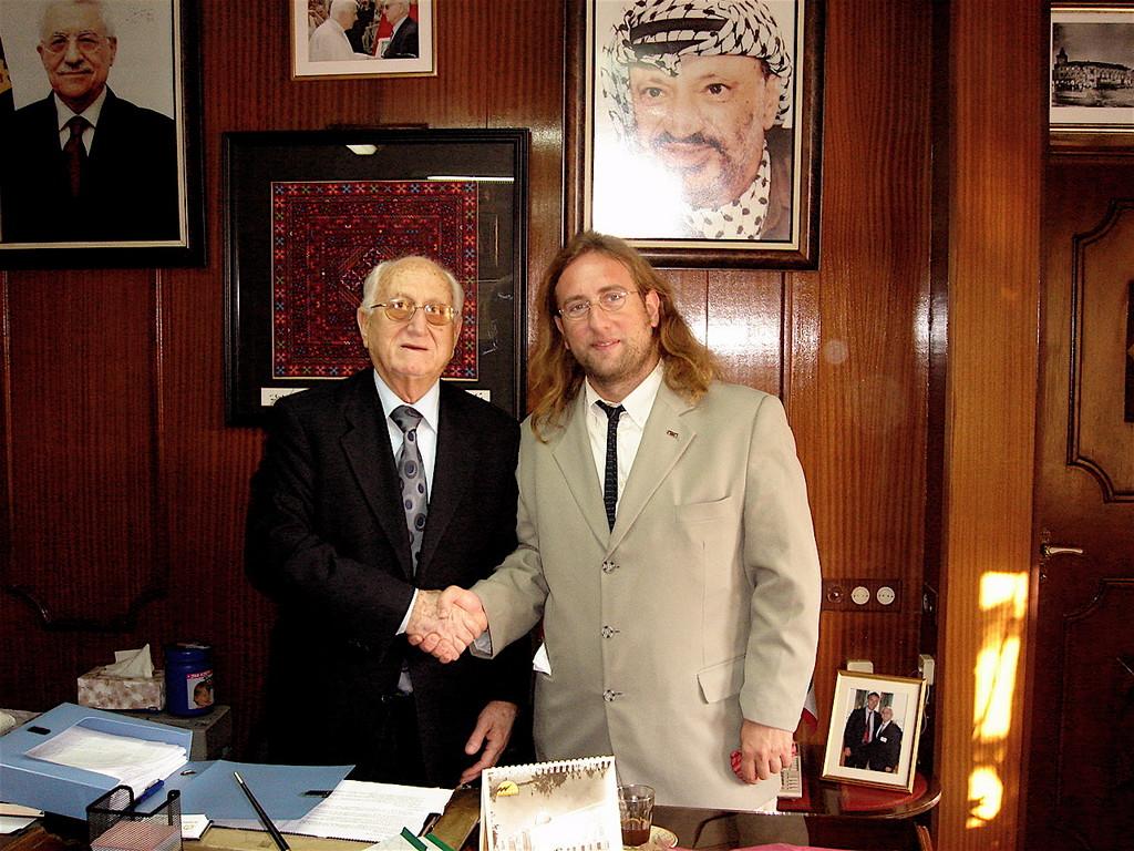 Davide Rossi incontra il sindaco di Betlemme a nome del SISA