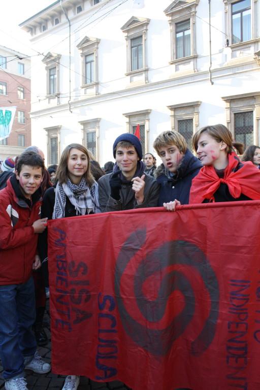SISA Studenti in piazza Fontana