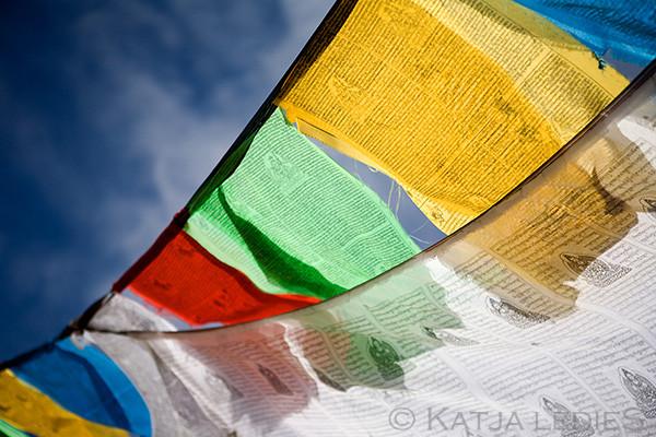Lhachen La: Gebetsfahnen