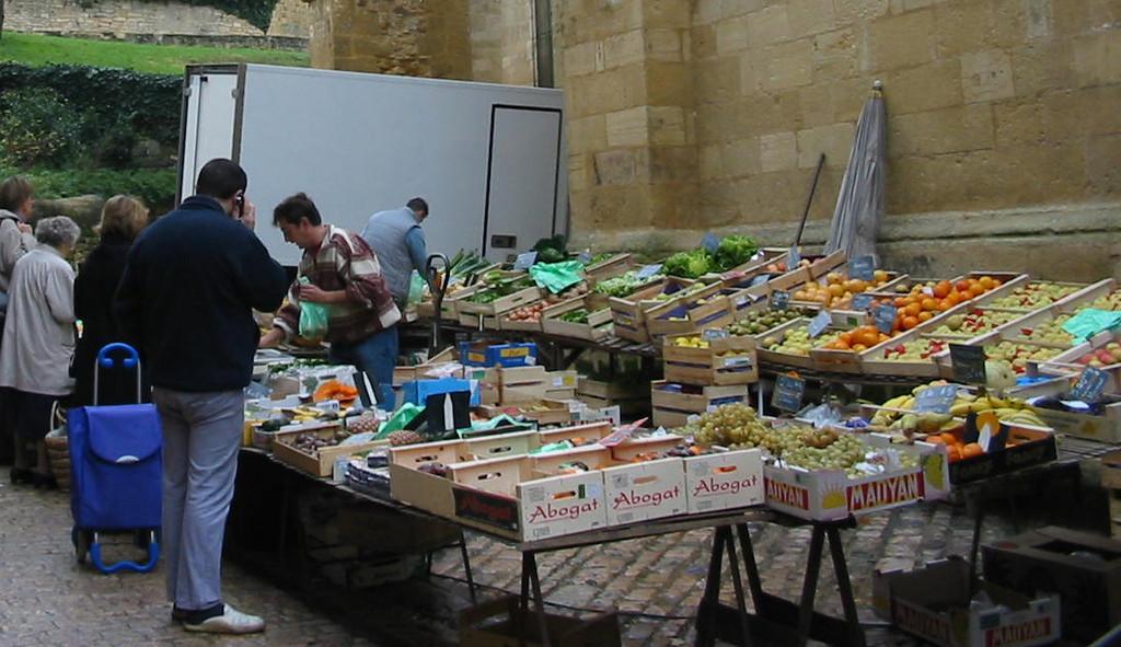 Un marché à visiter, Sarlat