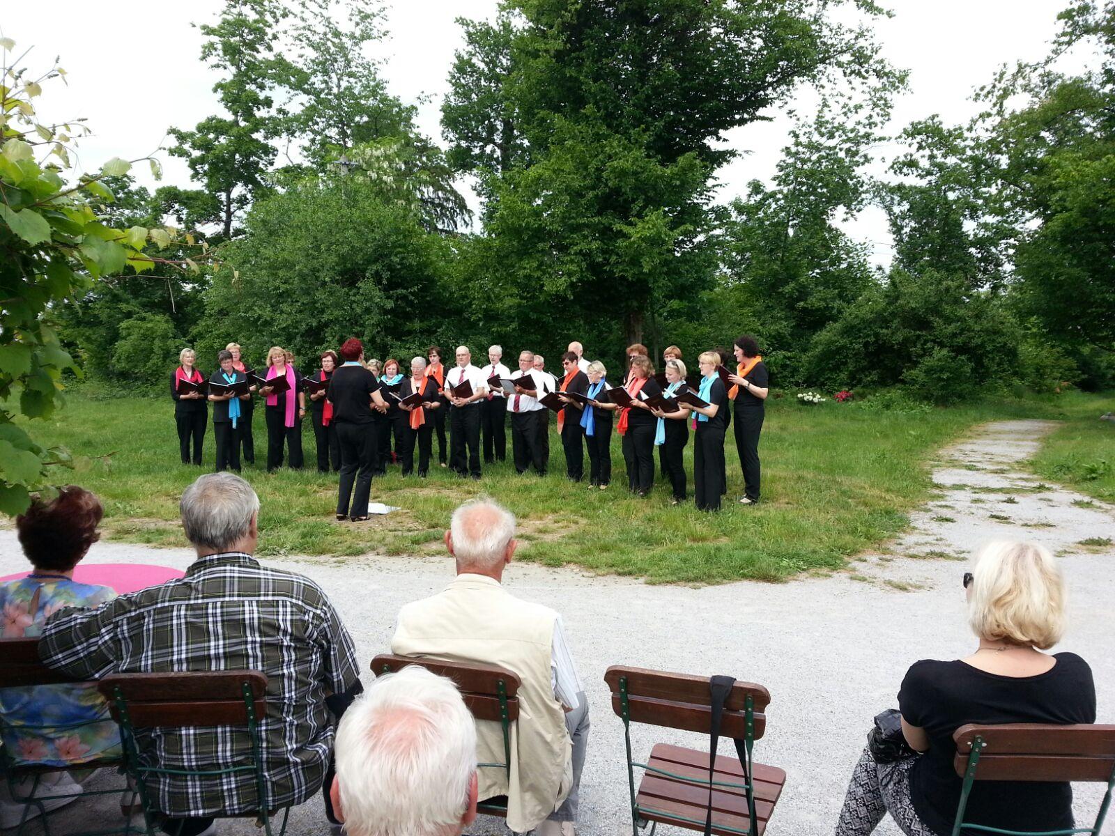 29. Mai 2016 - Tag der Parks und Gärten: Wir singen im Waldpark Kupferberg