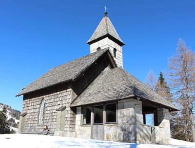 Eine kleine Geschichte über die Nassfeld Kapelle