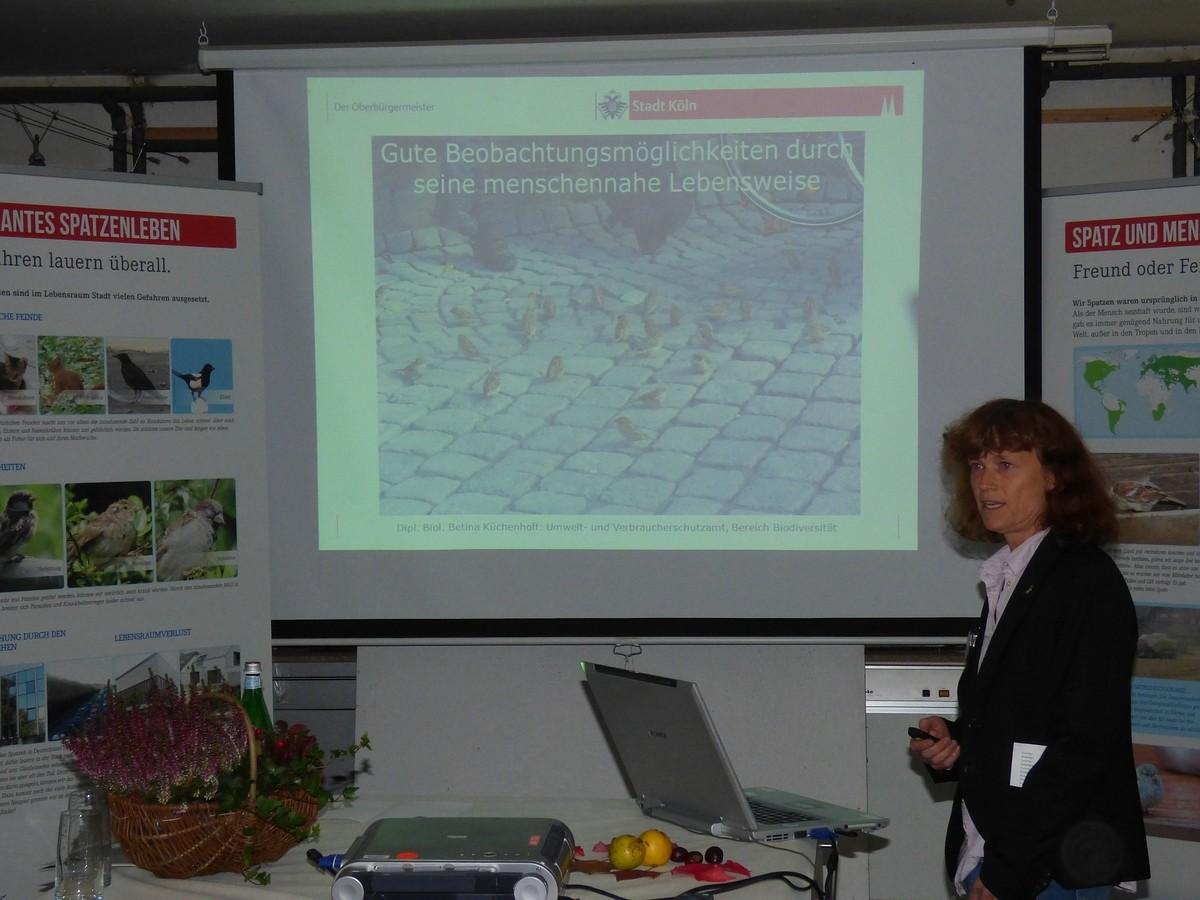 Betina Küchenhoff während ihres Vortrages, Foto:  W. Kayser