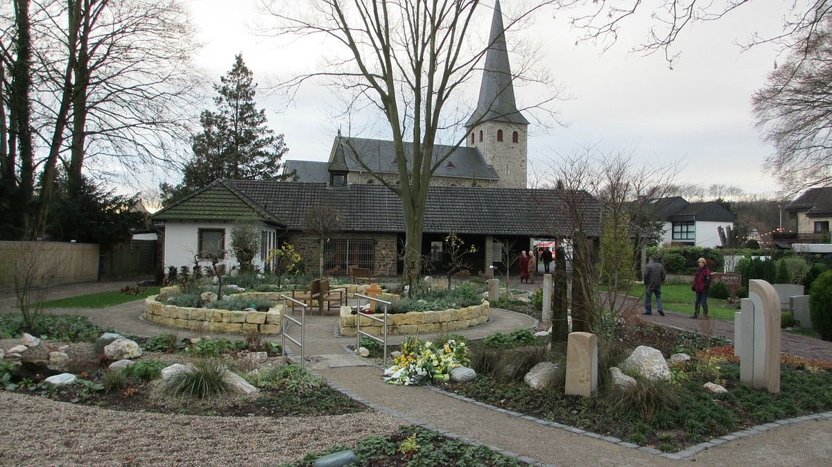Bestattungsgarten Lohmar
