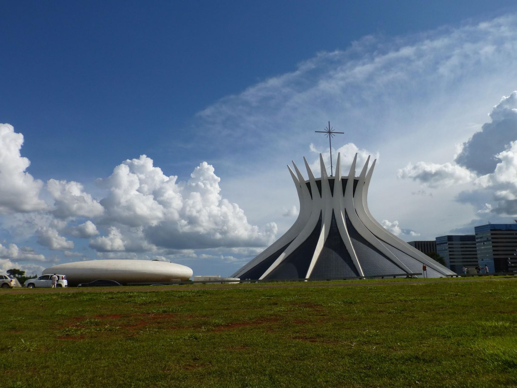 Kathedrale - Catedral Metropolitana Nossa Senhora Aparecida