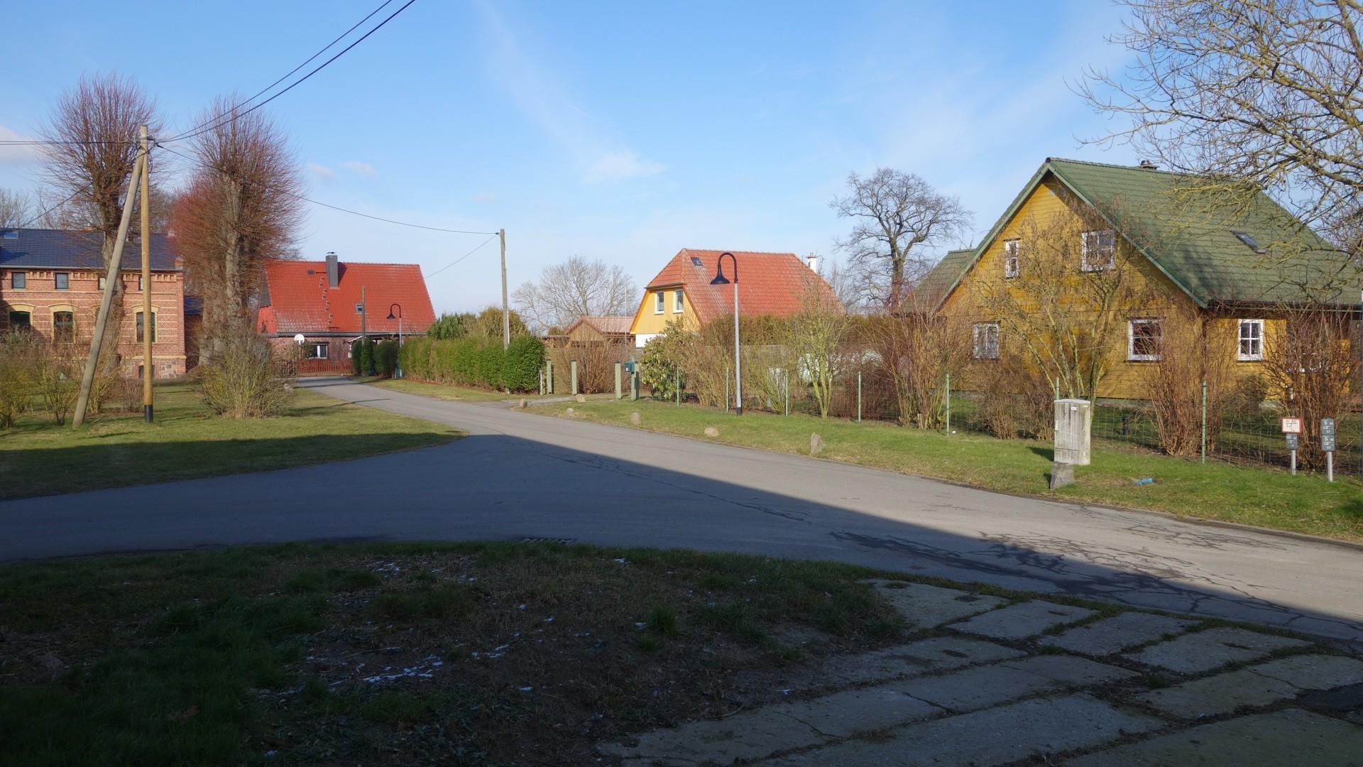 Blick nach Nordosten mit dem Gutshaus