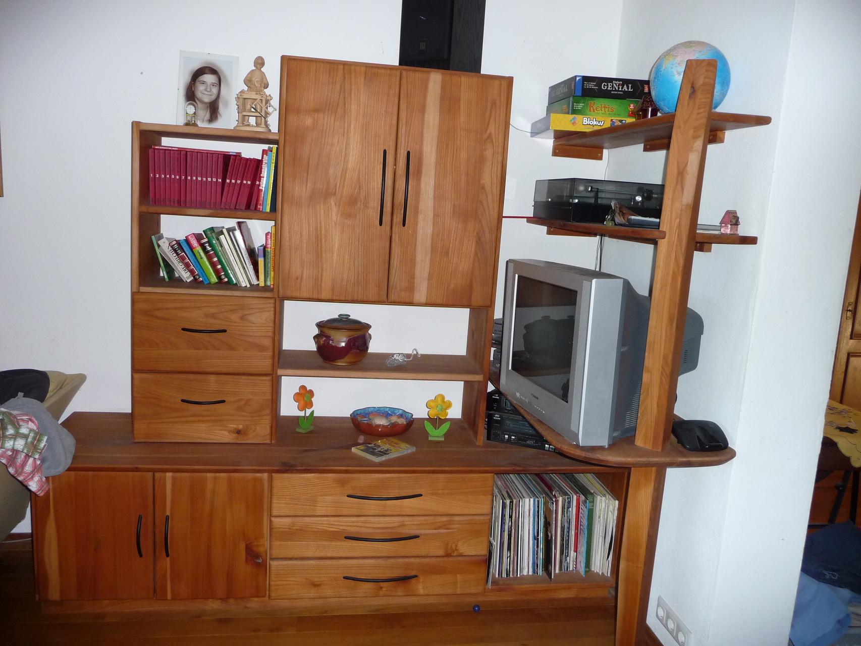 Wohnzimmerschrank, Kirsche