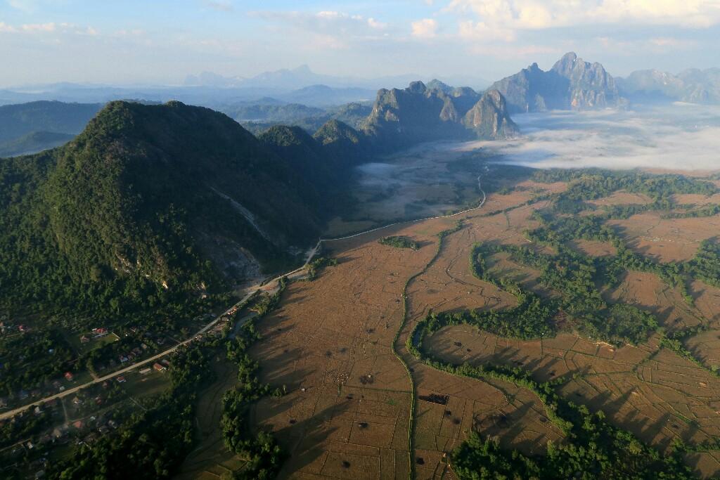 Les pics karstiques de Vang-Vieng - Laos
