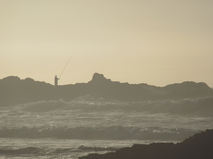 Fischer Atlantik Klippen aufgewühlt Brandung