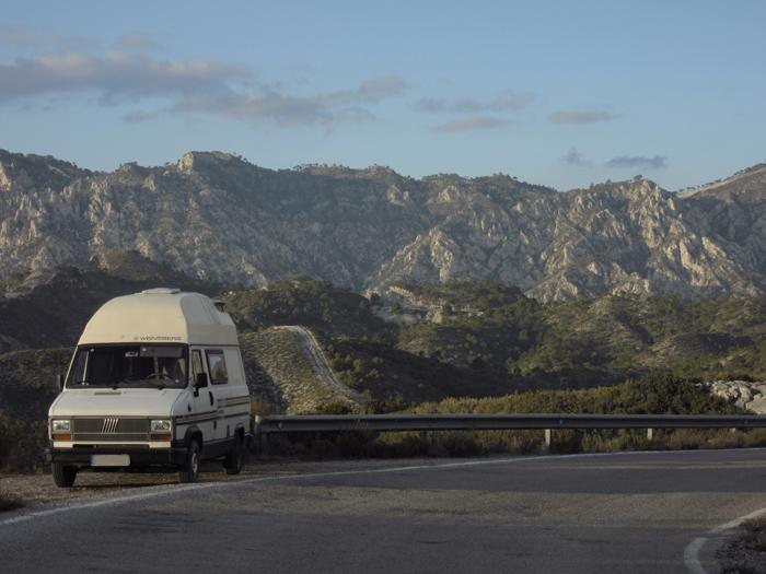 Weinsberg cosmos Berge Spanien Ducato 280