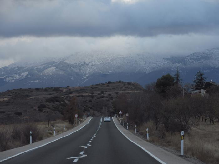Spaniens Mitte schneebedeckte Berge