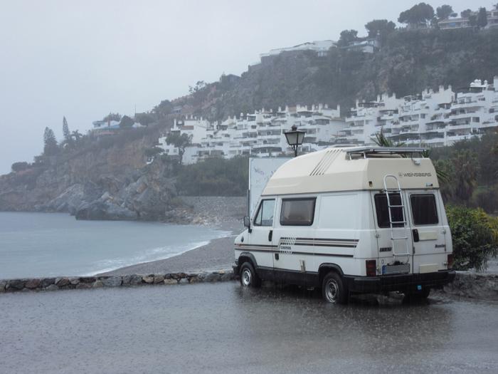 Regen Mittelmeer Hochwasser Spanien frei stehen Ducato 280